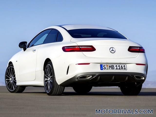 2017 mercedes benz e class coupe vs 2017 bmw 6 series for Mercedes benz 650i