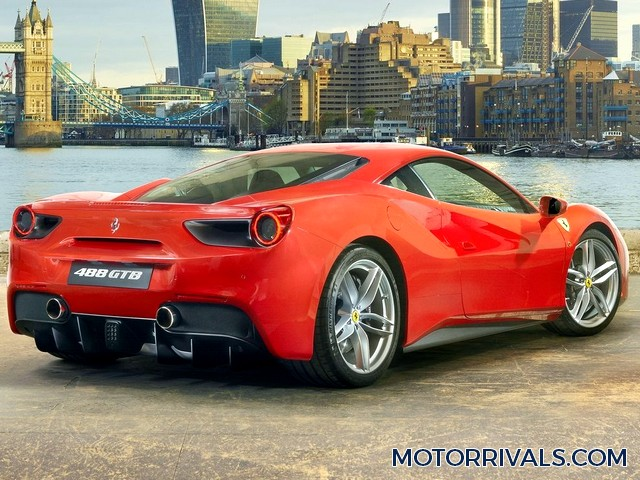 2016 ferrari 488 gtb vs 2016 lamborghini huracan lp 610 4. Black Bedroom Furniture Sets. Home Design Ideas