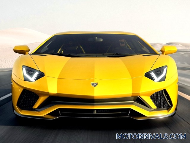 2017 lamborghini aventador s vs 2017 lamborghini huracan motor rivals. Black Bedroom Furniture Sets. Home Design Ideas